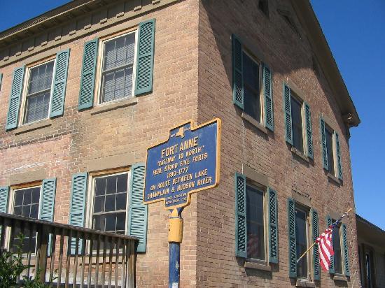 Burch Family Restaurant: Historic Fort Site Marker