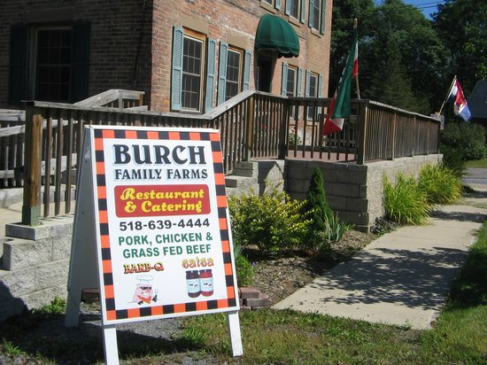 Burch Family Restaurant: Advertising and patio