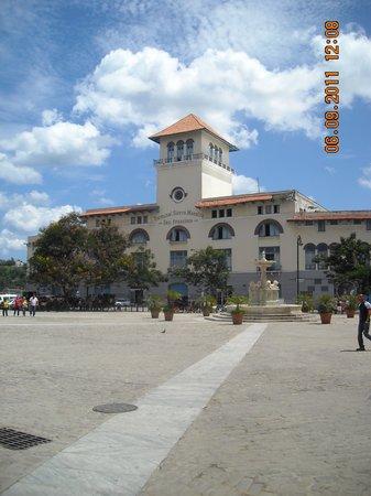 La Havane, Cuba : Plaza San Francisco