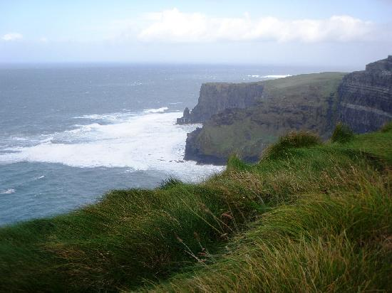 Cliffs of Moher: Foam on the water