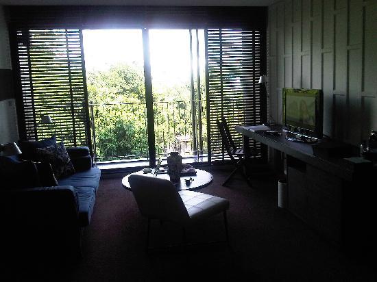โรงแรมเท็นเฟซกรุงเทพฯ: Spacious living room