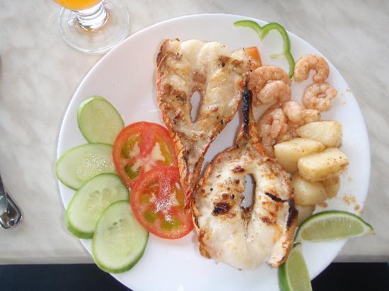 Iberostar Daiquiri: Delicious lobster lunch from Cuba Libre