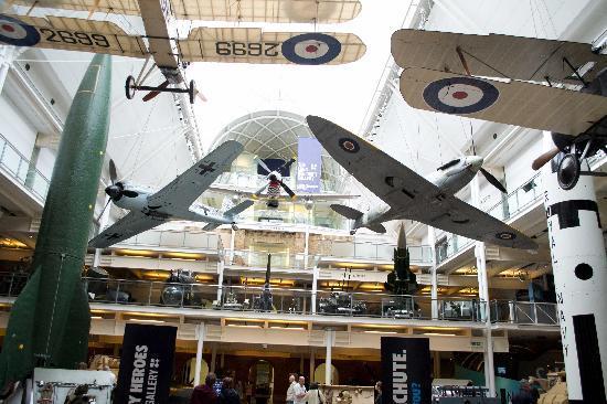 พิพิธภัณฑ์สงครามจักรวรรดิ: IWM Foyer