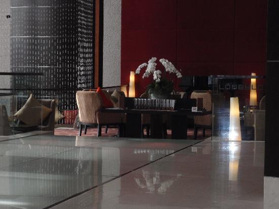 โรงแรม เซ็นทาราแกรนด์ แอท เซ็นทรัลเวิลด์: Lobby