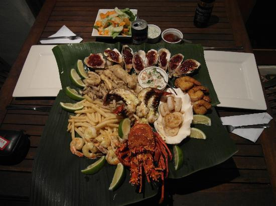 Maui Palms: Seafood platter for two.