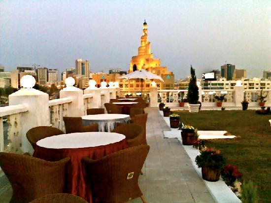 Hotel Souq Waqif: Roof Top View (Garden at the roof top)