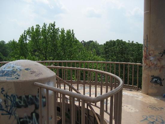 Giant City State Park: Water tower platform