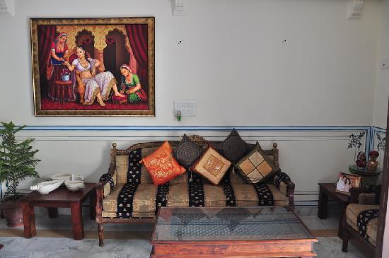 Rani Mahal - A Heritage Hotel: Drawing Space