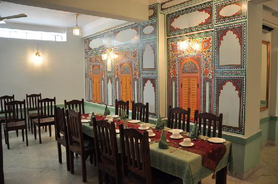Rani Mahal - A Heritage Hotel: Restaurant