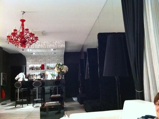 Hotel Coelho: bar nella hall!