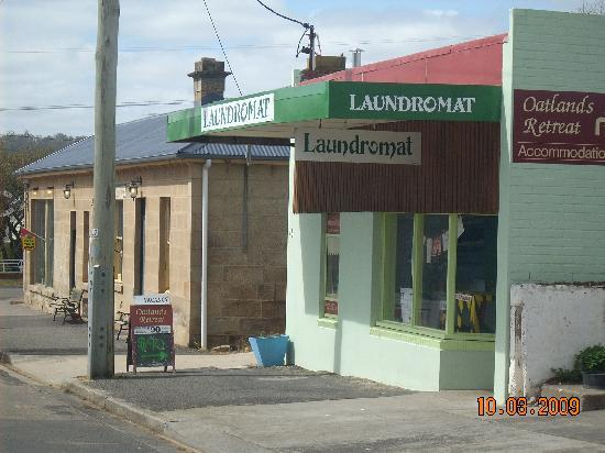 Oatlands Retreat: Unit at rear of Laundromat on main st