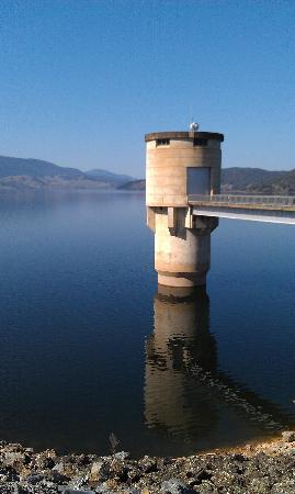 Beaufort House: Blowering Dam is well worth the visit.
