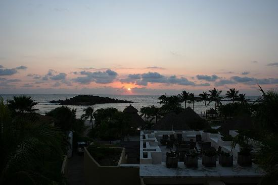 The St. Regis Punta Mita Resort: Sunset