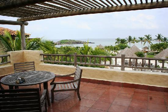 The St. Regis Punta Mita Resort: Room balcony