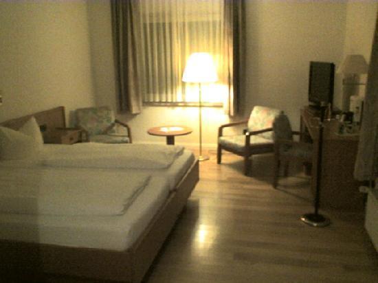 Hotel Pöker: Zimmer