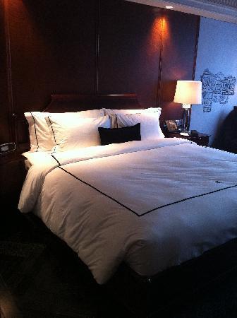 โรงแรม มิวส์ แบงคอก หลังสวน - เอ็มแกลเลอรี่ คอลเล็คชั่น: hotel muse bangkok