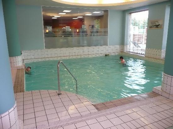 Hilton Sofia: Hilton swiming pool