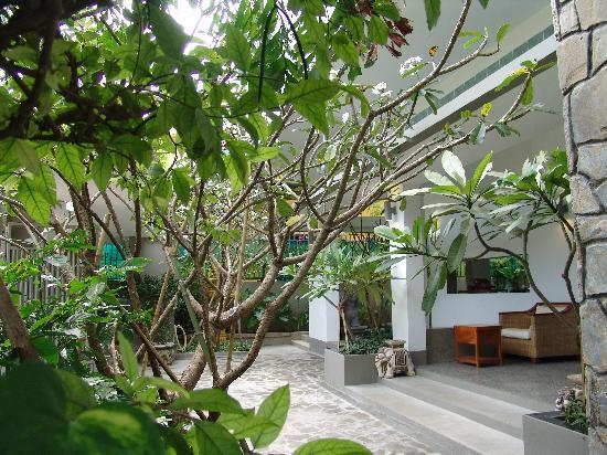 รอยัล แม่โขง บูติค โฮเต็ล: Garden View