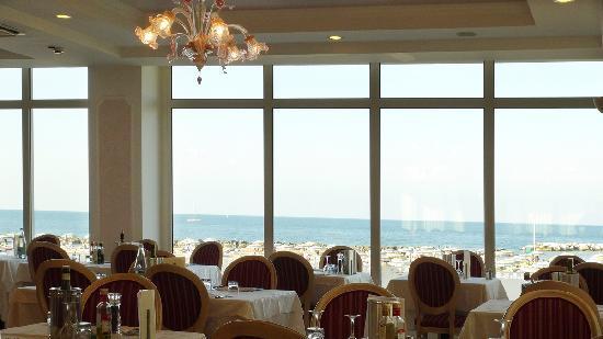 Hotel Imperial Beach: Ristorante