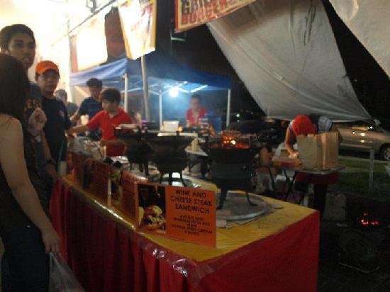 Mercato Centrale: Cheesesteak sandwich booth