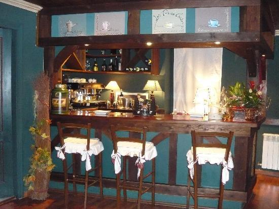 El Ciervo: Bar