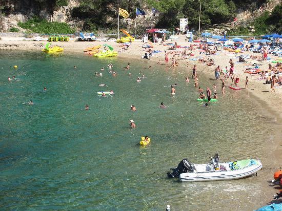 Port de San Miguel, España: Beach