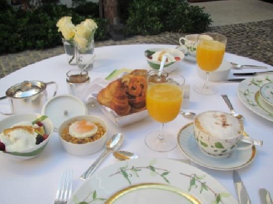 Atrio Restaurante Hotel Relais & Chateaux: Desayuno artesanal