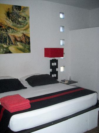 อาวีน่าวิลลาส์: sleeping room