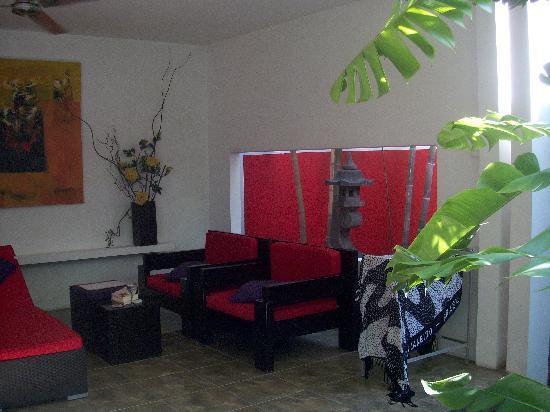 อาวีน่าวิลลาส์: living room