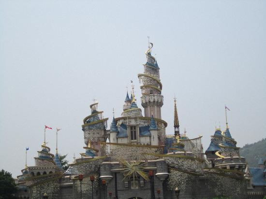 ฮ่องกงดิสนีย์แลนด์: disney castle