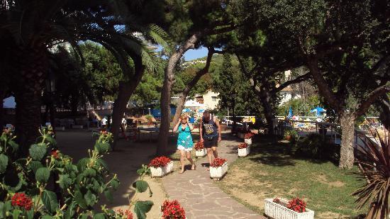 H·TOP Caleta Palace: The garden terrace