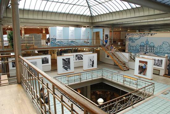 Belgian Comic Strip Center: Upstairs