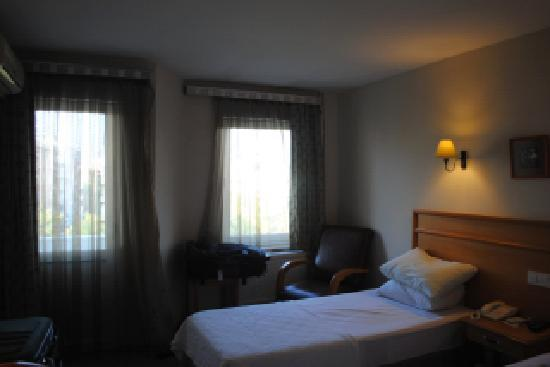 Canak Hotel: A double room