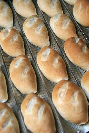 Green Mango: Fresh daily baked breads