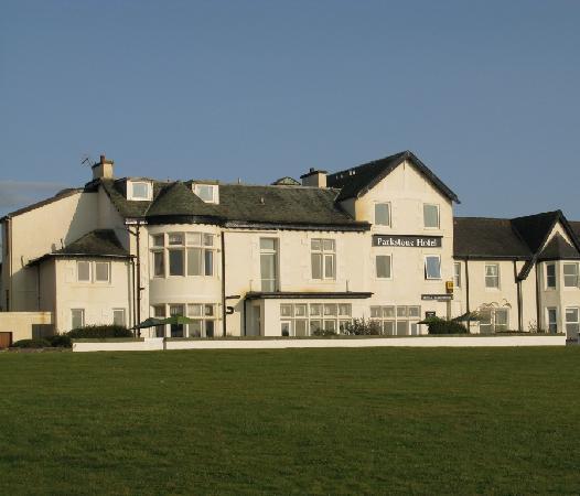 Parkstone: vista dell'hotel dal lungomare