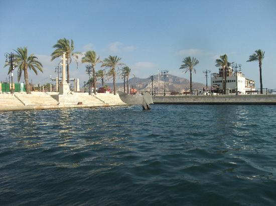 Cartagena, Spain: DESDE EL ANTIGUO CIM HACIA EL ANTIGUO CLUB DE REGATAS
