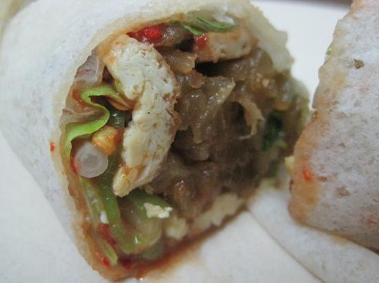 Nancy's Kitchen Restaurant: popiah