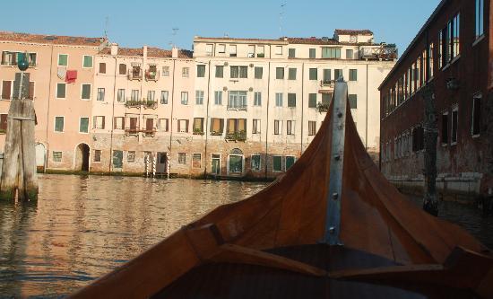 Row Venice: ..