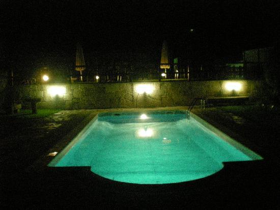 Hotel Casa Rosalia: Zona de la piscina