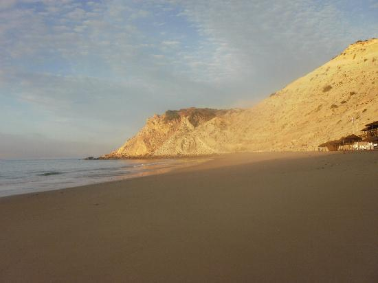 Burgau Beach Bar: Very September Morning