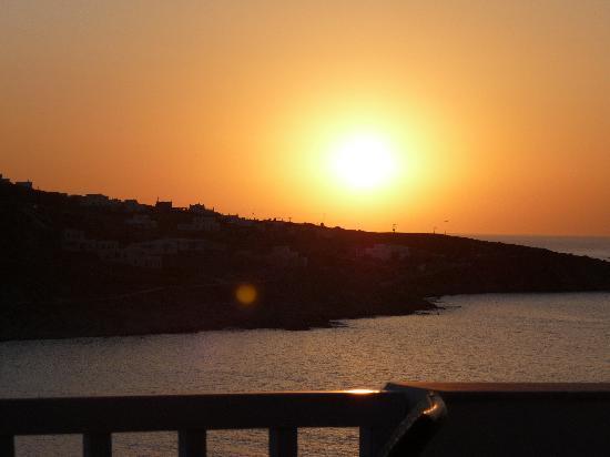 Vana Holidays Hotel: tramonto visto dal terrazzo della stanza