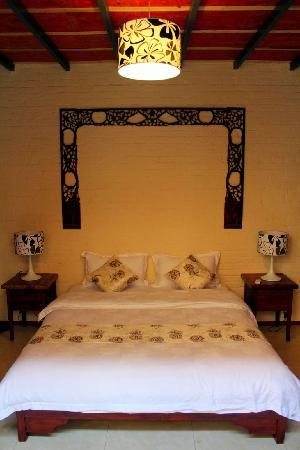Secret Garden Boutique Hotel: Suite bedroom