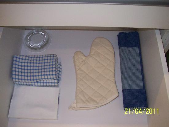 โรงแรมเฟรเซอร์ เพลส กัวลาลัมเปอร์: cooking gloves