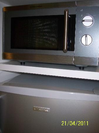โรงแรมเฟรเซอร์ เพลส กัวลาลัมเปอร์: Microwave. It's all there!