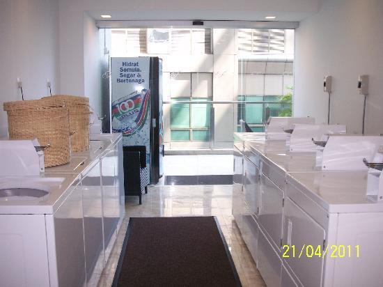 โรงแรมเฟรเซอร์ เพลส กัวลาลัมเปอร์: Coin operated washers and dryers.