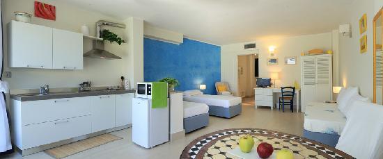 La Villa del Mare: Garden Apartment with kitchen