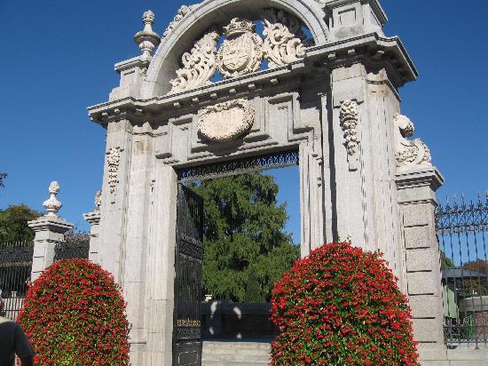 เรติโรปาร์ค: puerta por alfonso XII