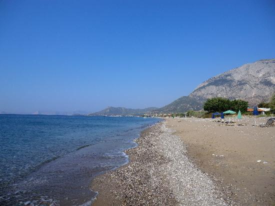Votsalakia Hotel: local beach