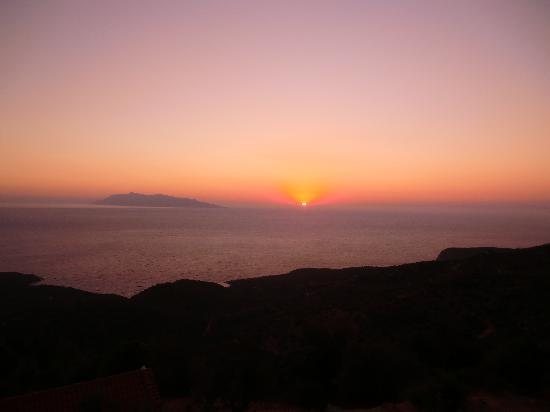 Votsalakia Hotel: beautiful sunset