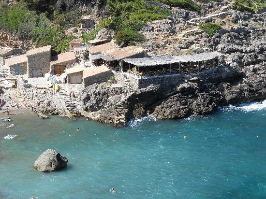 Hoposa Costa d'Or Hotel: Cala Deia and an excellent lunch stop